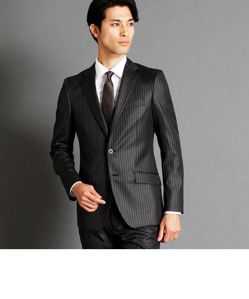 ストライプ柄スーツ