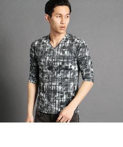 転写プリント柄Vネック5分袖Tシャツ