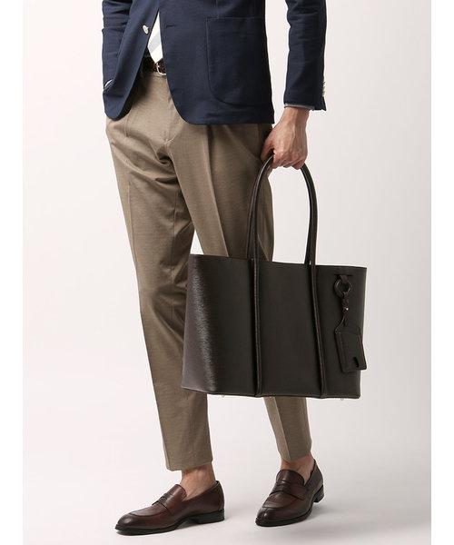 ◆パスケース付き 型押しレザートートバッグ◆