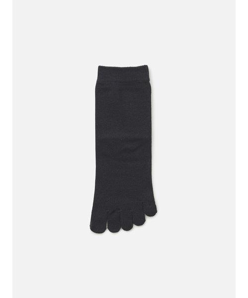 綿で仕上げた五本指ショートソックス24~26cm