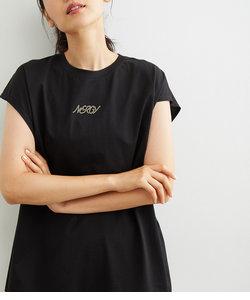 ロゴボックスタックTシャツ