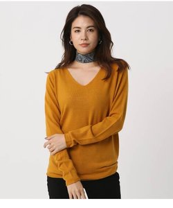 NUDIE V/N KNIT TOPS