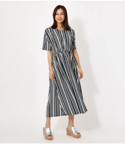 GLOSSY COOL BLOUSING ONE-PIECE