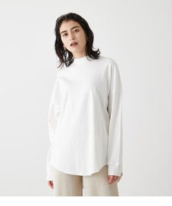 MOCK NECK BACK BUTTON L/S TEE