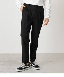 ONE TACK TAPERED SLACKS