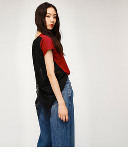 BACK LAYERED LACE Tシャツ