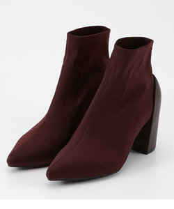 FITTED SHORT BOOTS
