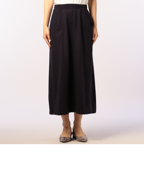 カットソーマキシスカート