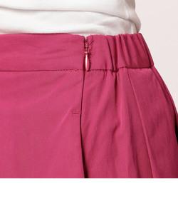 タック入りミディ丈スカート