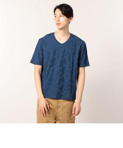 幾何学VネックTシャツ