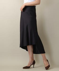 セミダルサテンスカート