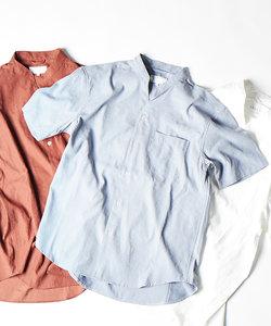 Vネックシャツ