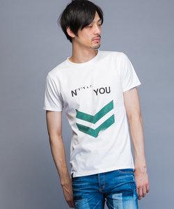 アロウクルーネックTシャツ