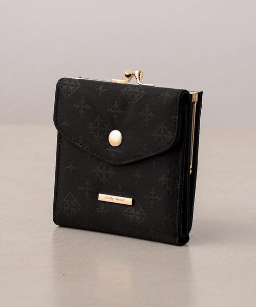 裏張りナイロン型押し ガマグチ二つ折り財布