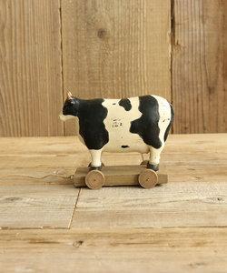 牛のおもちゃオブジェ