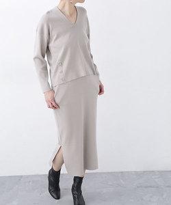 Vネックプル×タイトスカートセット