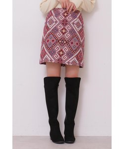幾何学柄台形ミニ丈スカート