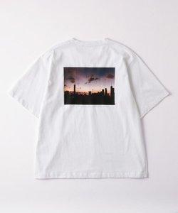 TWILIGHT Tシャツ(ユニセックスアイテム)
