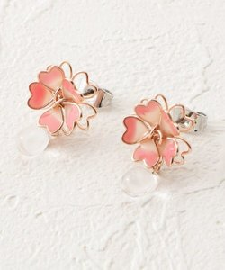 桜モチーフピアス