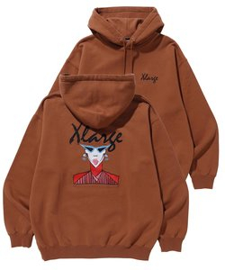 EMBROIDERY_FACE_PULLOVER_HOODED_SWEAT