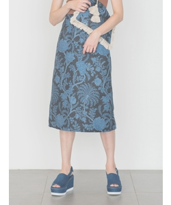 【emmi atelier】ボタニカルジャガードAラインスカート