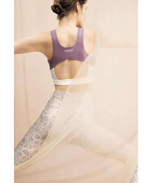 【emmi yoga】エスニックフラワーレギンス