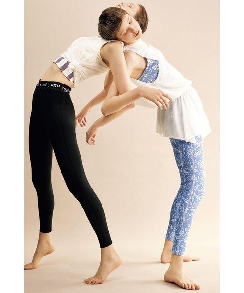【emmi yoga】yogadayフラワーレギンス