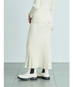 【emmi atelier】ヘムフレアニットスカート