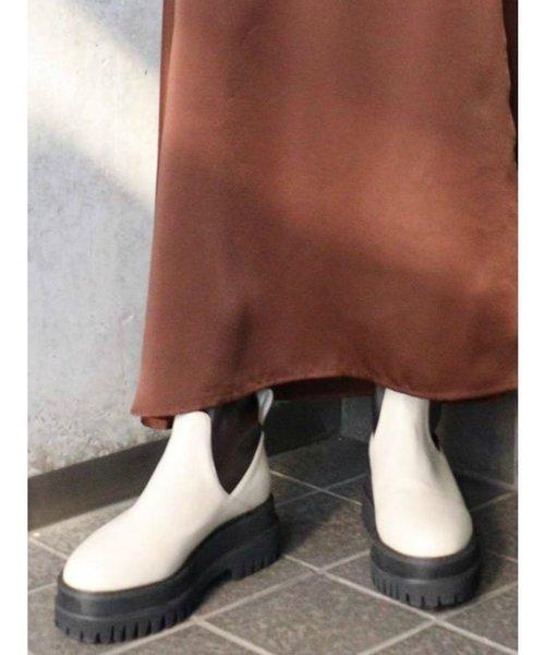 タンクソールミドルブーツ