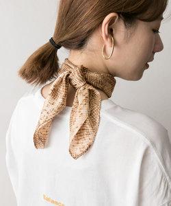パイソン柄スカーフ