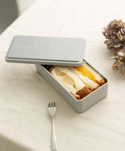 DOORS LIVING PRODUCTS LUNCH BOX SQUARE