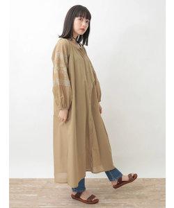 ・袖刺繍ガウンピース