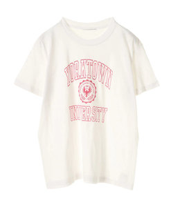 ・カレッジTシャツ