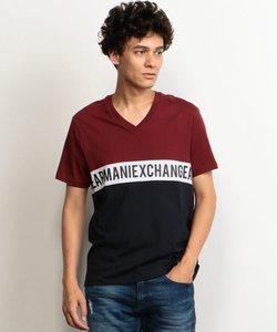 【A|Xアルマーニ エクスチェンジ】カラーブロック VネックロゴTシャツ