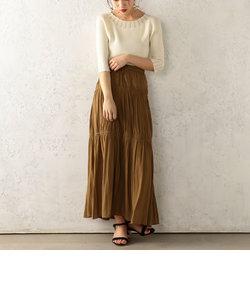 パウダーサテンスカート