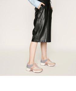 テクスチャード レースアップスニーカー / Textured Lace-Up Sneakers