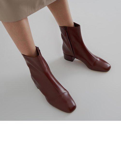レザーアンクルブーツ / Leather Ankle Boots
