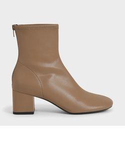 ステッチトリム ブロックヒールアンクルブーツ / Stitch-Trim Block Heel Ankle Boots
