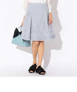 タフタ刺繍スカート
