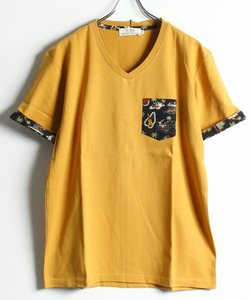 総柄ポケット付き VネックTシャツ