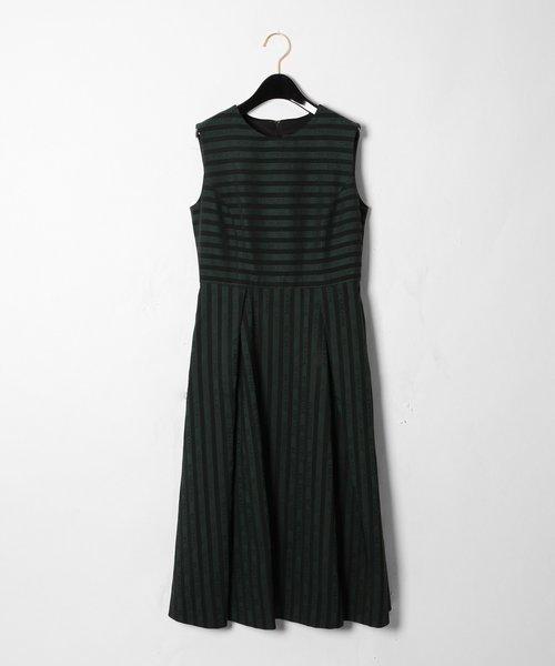ラインロゴジャガードドレス