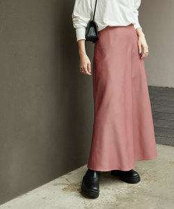 セミフレアサテンスカート