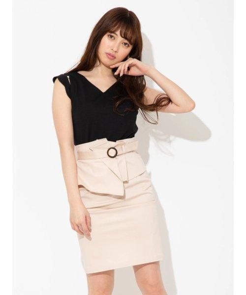 コルセットベルト付きタイトスカート