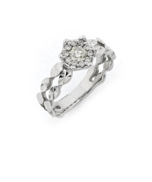 プラチナ ダイヤモンド リング(トータル0.31ct)