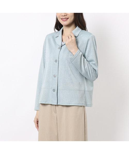 リネンライクの小さめテーラー衿のショート丈ブラウス