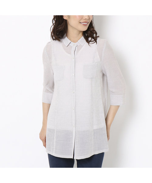 小さめシャツカラーの細ストライプブラウス