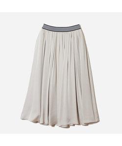 シルキーサテンボリュームスカート