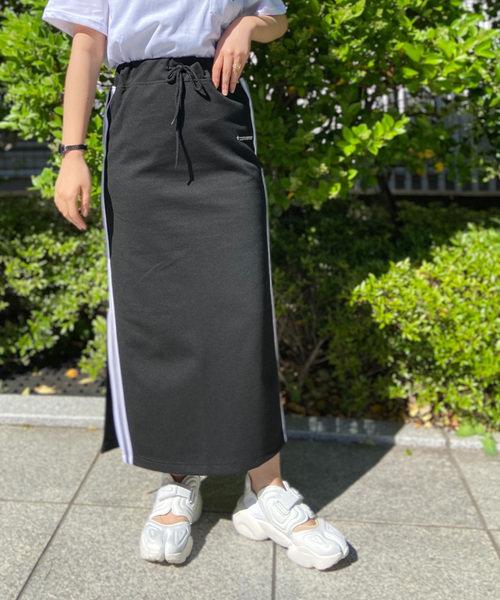 コンバース サイドラインタイトスカート