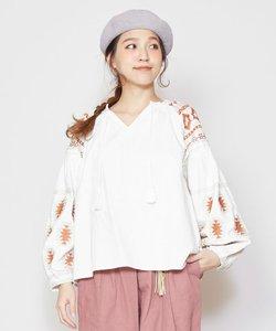 【チャイハネ】ネイティブ柄刺繍ボリューム袖トップス