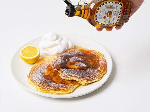 Butter milk pancake gluten-free & fresh lemon cream